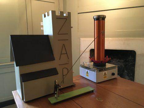 Mini Tesla coil