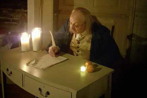 Benjamin Franklin actor at Franklin's parlour